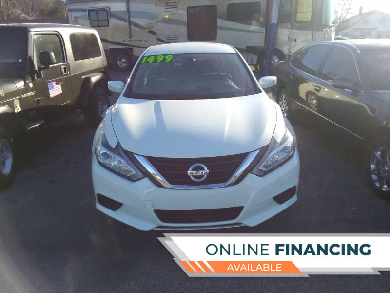 2017 Nissan Altima for sale at Marino's Auto Sales in Laurel DE