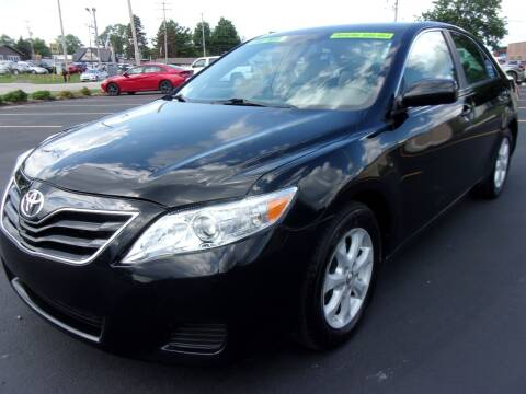 2010 Toyota Camry for sale at Ideal Auto Sales, Inc. in Waukesha WI