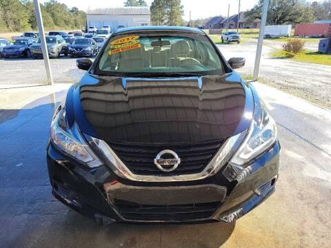 2017 Nissan Altima for sale at Auto Guarantee, LLC in Eunice LA