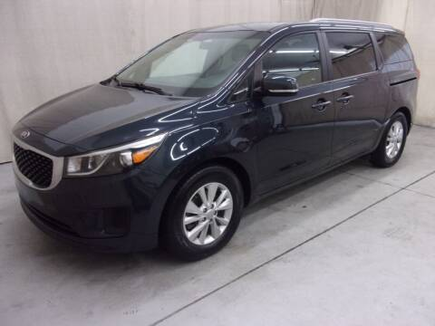 2015 Kia Sedona for sale at Paquet Auto Sales in Madison OH