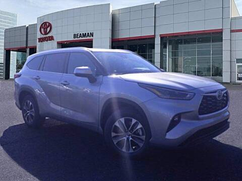 2021 Toyota Highlander Hybrid for sale at BEAMAN TOYOTA in Nashville TN