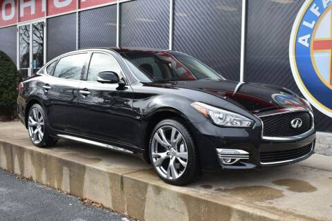 2015 Infiniti Q70L for sale at Alfa Romeo & Fiat of Strongsville in Strongsville OH