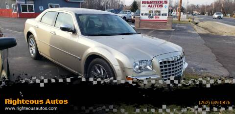 2006 Chrysler 300 for sale at Righteous Autos in Racine WI