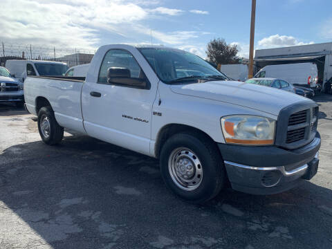 2006 Dodge Ram Pickup 2500 for sale at Best Buy Quality Cars in Bellflower CA