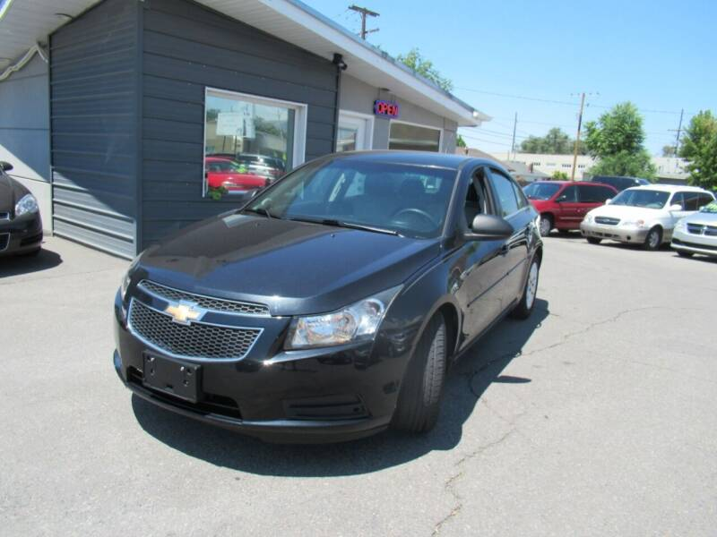 2011 Chevrolet Cruze for sale at Crown Auto in South Salt Lake UT