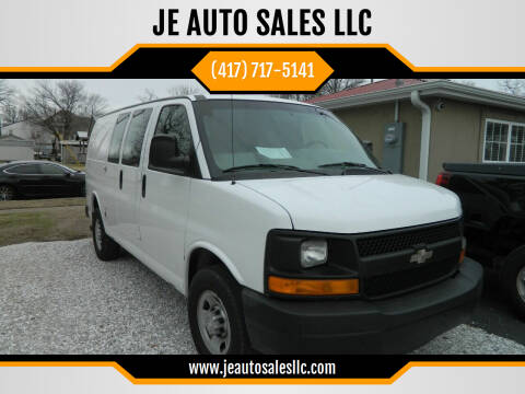 2009 Chevrolet Express Cargo for sale at JE AUTO SALES LLC in Webb City MO
