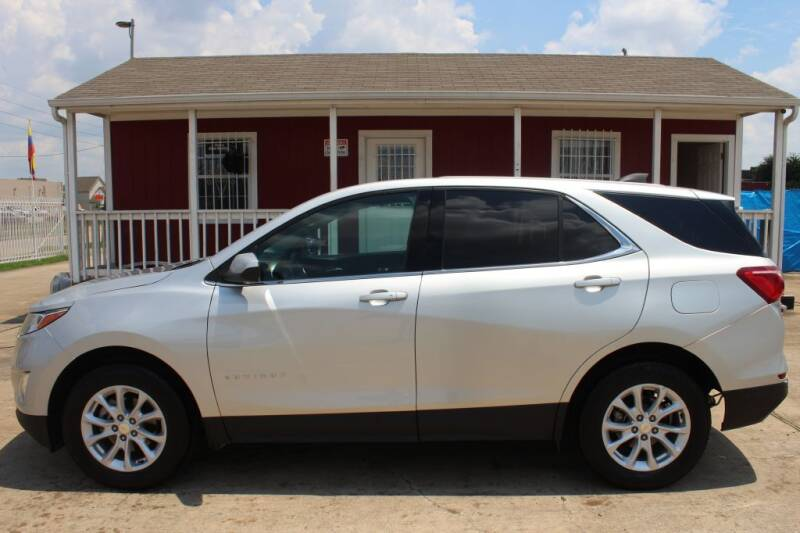 2020 Chevrolet Equinox for sale at AMT AUTO SALES LLC in Houston TX