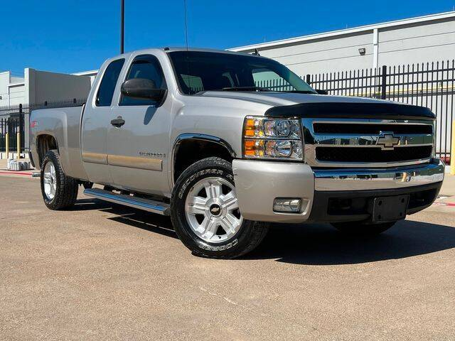 2007 Chevrolet Silverado 1500 for sale at Schneck Motor Company in Plano TX