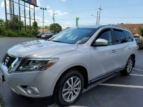 2014 Nissan Pathfinder for sale at Shaddai Auto Sales in Whitehall OH