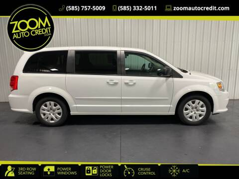2016 Dodge Grand Caravan for sale at ZoomAutoCredit.com in Elba NY