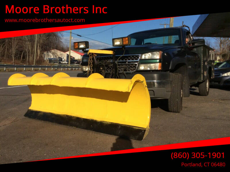 2005 Chevrolet Silverado 3500 for sale at Moore Brothers Inc in Portland CT