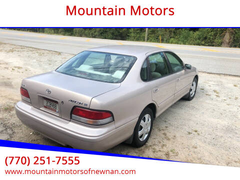 1997 Toyota Avalon for sale at Mountain Motors in Newnan GA