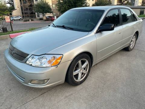2000 Toyota Avalon for sale at Zoom ATX in Austin TX