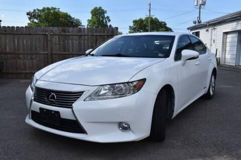 2013 Lexus ES 300h for sale at Wheel Deal Auto Sales LLC in Norfolk VA