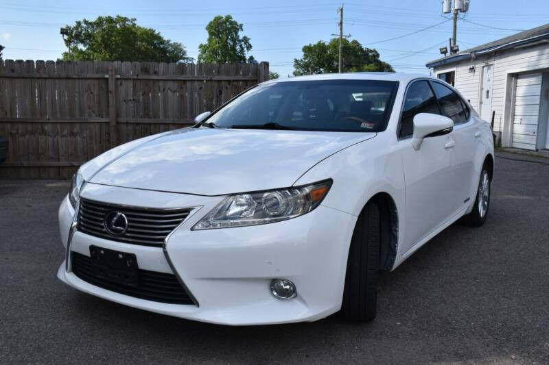 2013 Lexus ES 300h for sale at Wheel Deal Auto Sales LLC in Norfolk VA