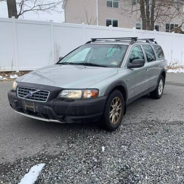 2004 Volvo XC70 for sale at CRS 1 LLC in Lakewood NJ