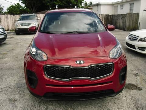 2018 Kia Sportage for sale at SUPERAUTO AUTO SALES INC in Hialeah FL