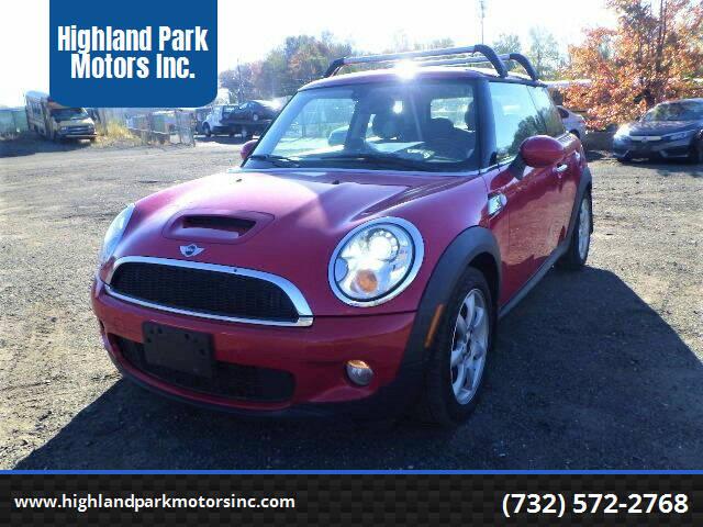 2010 MINI Cooper for sale at Highland Park Motors Inc. in Highland Park NJ