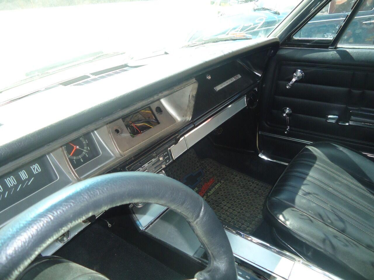 1966 Chevrolet Impala 3
