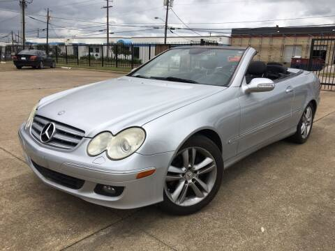 2006 Mercedes-Benz CLK for sale at TETCO AUTO SALES  / TETCO FUNDING in Dallas TX