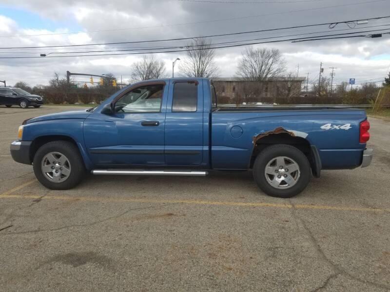 2005 Dodge Dakota for sale at REM Motors in Columbus OH