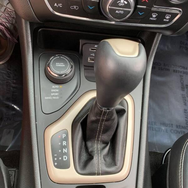 2015 Jeep Cherokee 4x4 Limited 4dr SUV - Rowley MA