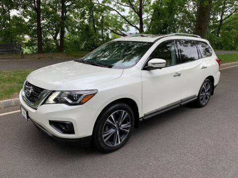 2018 Nissan Pathfinder for sale at Crazy Cars Auto Sale in Jersey City NJ