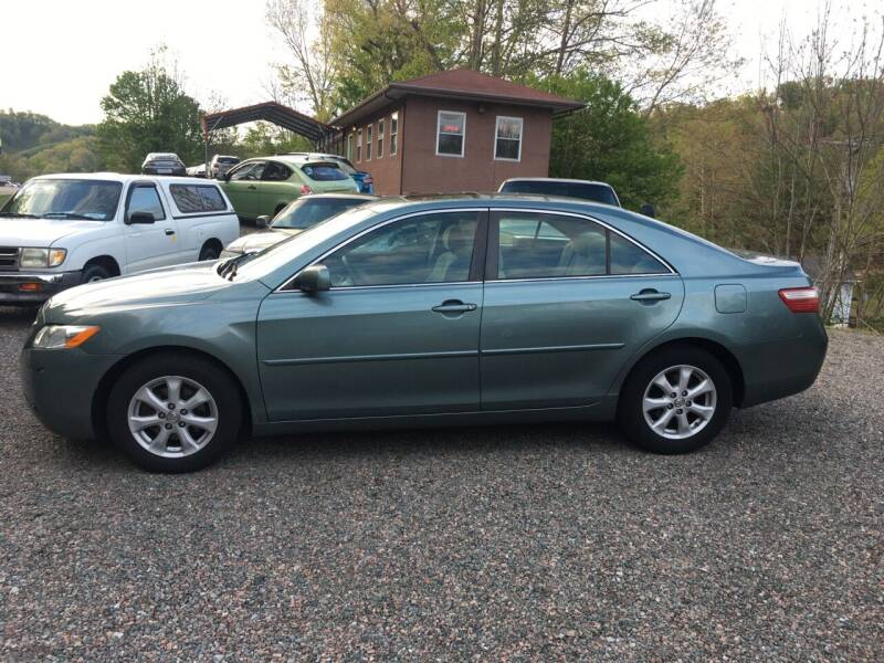 2007 Toyota Camry for sale at R C MOTORS in Vilas NC