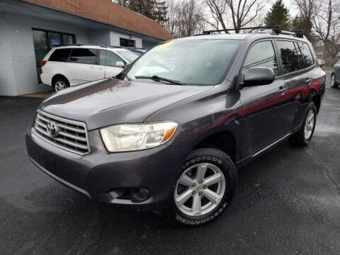 2008 Toyota Highlander for sale at Cedar Auto Group LLC in Akron OH