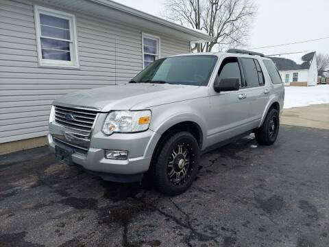 2009 Ford Explorer for sale at CALDERONE CAR & TRUCK in Whiteland IN