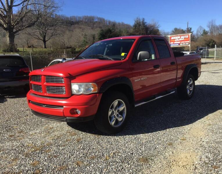 2004 Dodge Ram Pickup 1500 for sale at Arden Auto Outlet in Arden NC
