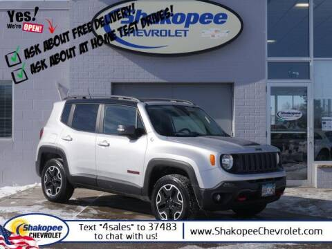 2017 Jeep Renegade for sale at SHAKOPEE CHEVROLET in Shakopee MN