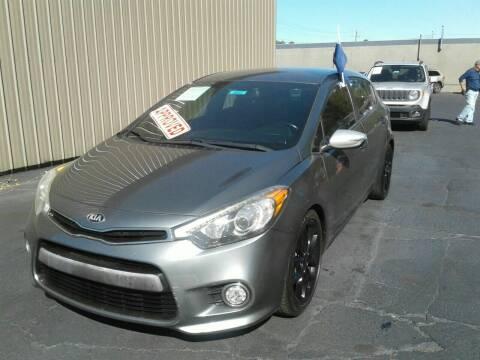 2016 Kia Forte5 for sale at Car Guys in Lenoir NC