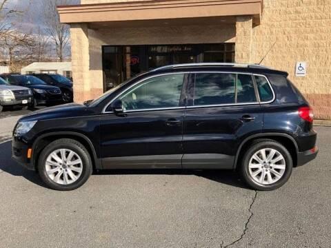 2009 Volkswagen Tiguan for sale at GREAT DEAL AUTO SALES in Center Line MI