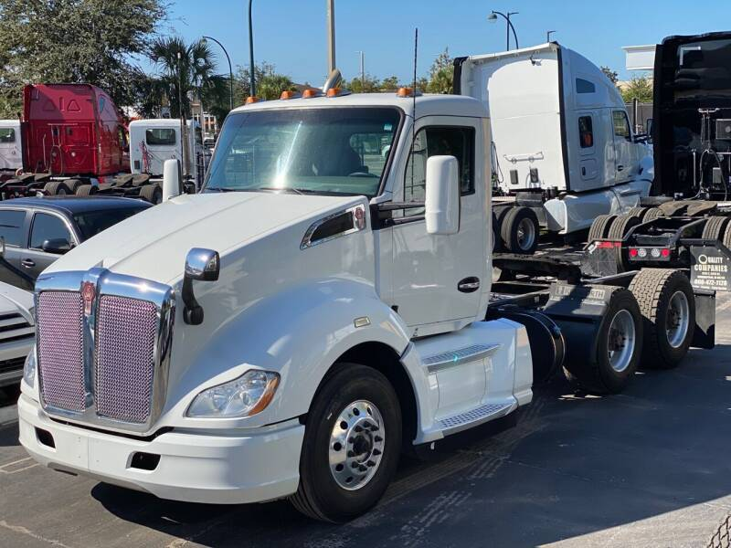 2017 Kenworth T680 for sale at The Auto Market Sales & Services Inc. in Orlando FL