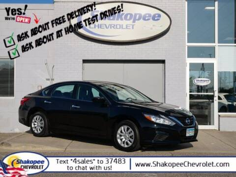 2016 Nissan Altima for sale at SHAKOPEE CHEVROLET in Shakopee MN