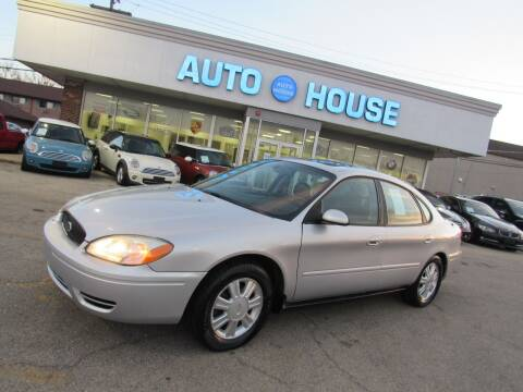 2004 Ford Taurus for sale at Auto House Motors in Downers Grove IL