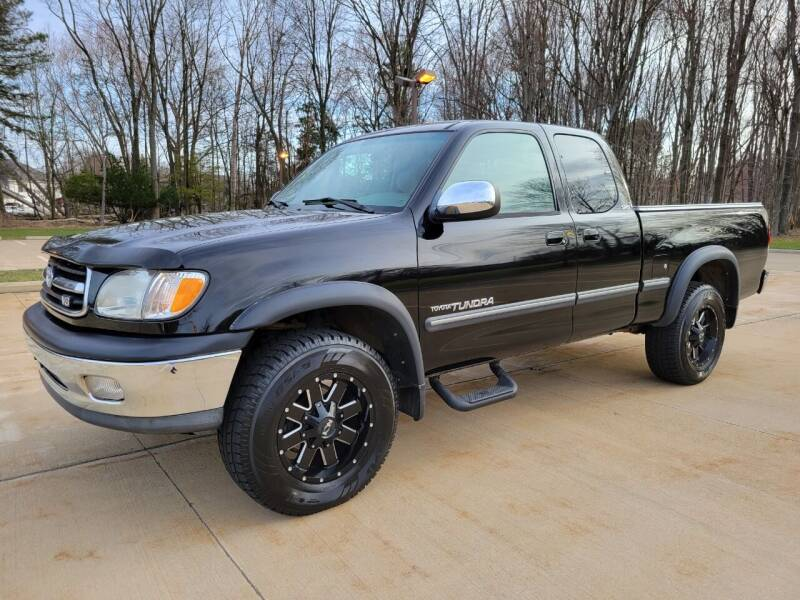 2000 Toyota Tundra for sale at Lease Car Sales 3 in Warrensville Heights OH