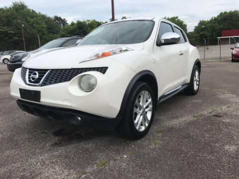 2013 Nissan JUKE for sale at Certified Motors LLC in Mableton GA