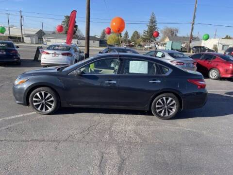 2016 Nissan Altima for sale at Alvarez Auto Sales in Kennewick WA