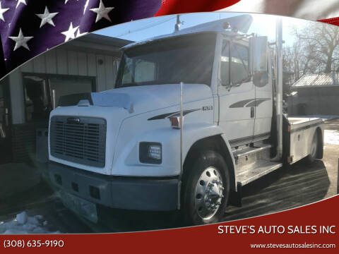 2001 Freightliner FL70 for sale at STEVE'S AUTO SALES INC in Scottsbluff NE