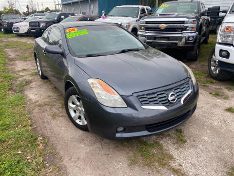 2008 Nissan Altima for sale at Lee Auto Group Tampa in Tampa FL