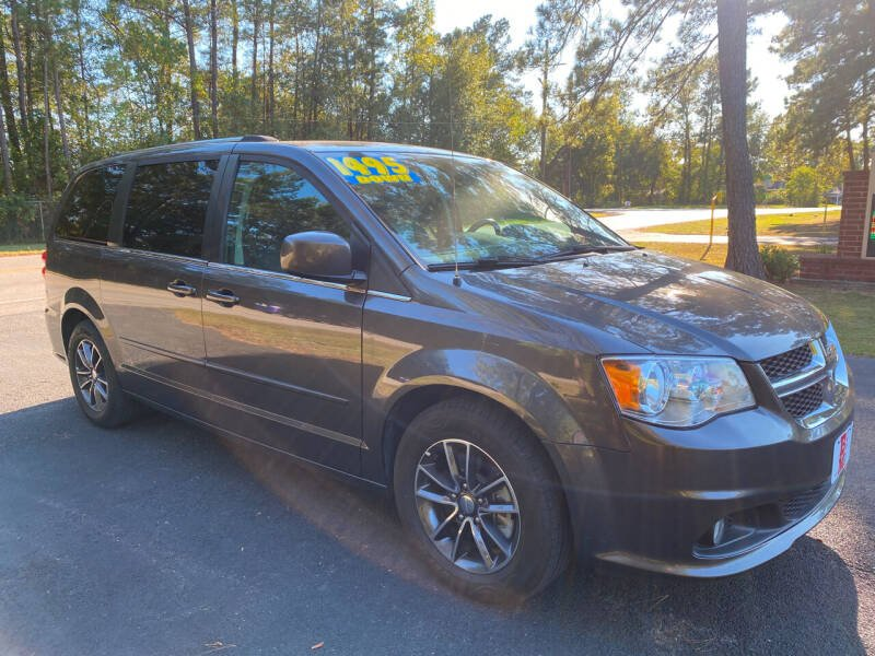 2017 Dodge Grand Caravan for sale at B & M Car Co in Conroe TX