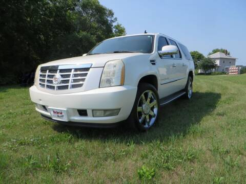 2007 Cadillac Escalade ESV for sale at The Car Lot in New Prague MN