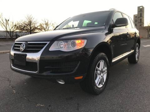 2010 Volkswagen Touareg for sale at Bluesky Auto in Bound Brook NJ