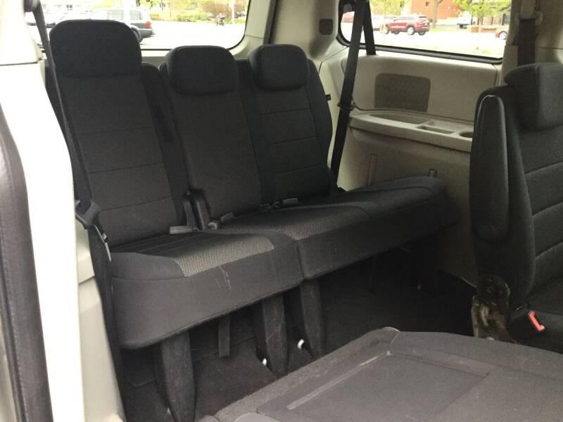 2009 Dodge Grand Caravan SE 4dr Mini-Van - Kenosha WI