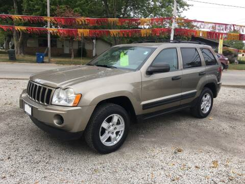 2006 Jeep Grand Cherokee for sale at Antique Motors in Plymouth IN