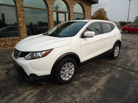 2018 Nissan Rogue Sport for sale at VON GLAHN AUTO SALES in Platteville WI