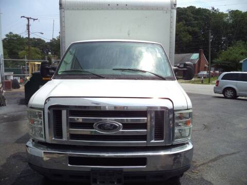 2012 Ford E-Series Chassis for sale at H and H Truck Center in Newport News VA