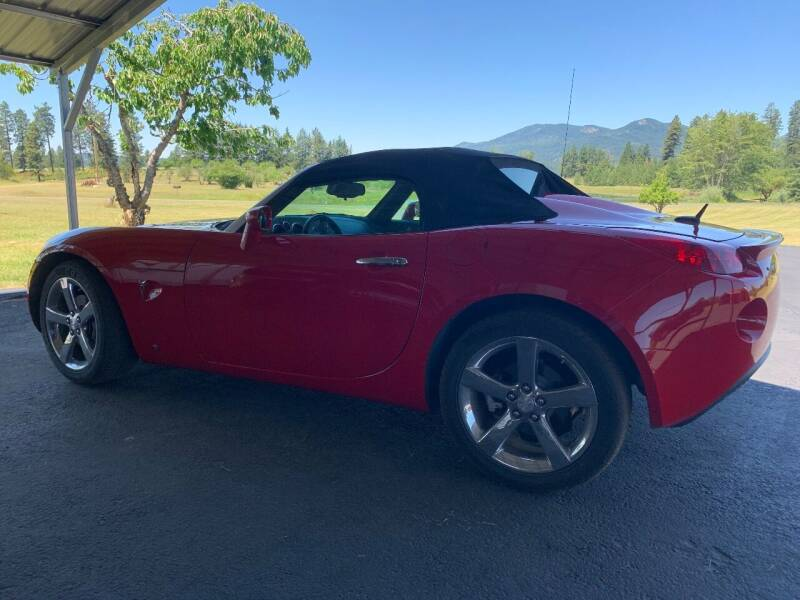 2008 Pontiac Solstice for sale at CARLSON'S USED CARS in Troy ID